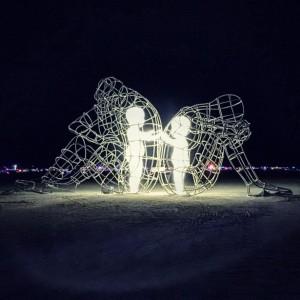ukrainian-sculpture-burning-man-love-alexander-milov-1